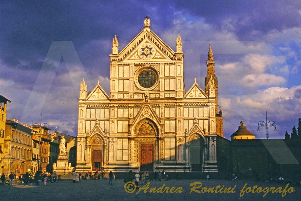Cod.FI-055 Piazza S.Croce (Firenze)-0