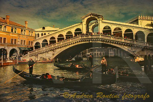 Cod.VE-13 Venezia - Ponte di Rialto-0