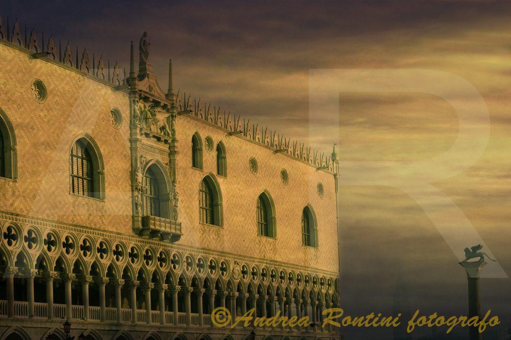 Cod.VE-16 Venezia - Palazzo Ducale-0