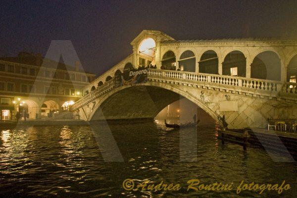 Cod.VE-26 Venezia - Ponte di Rialto-0