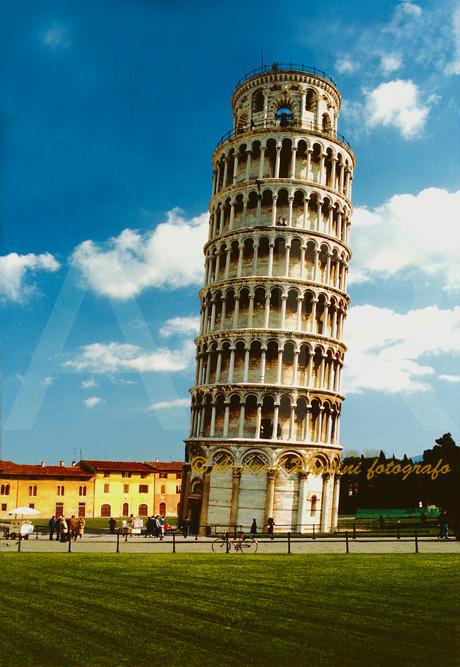 Cod.PI-02 Pisa (la Torre Pendente)-0