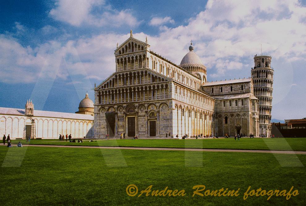 Cod.PI-05 Pisa (Piazza dei Miracoli)-0