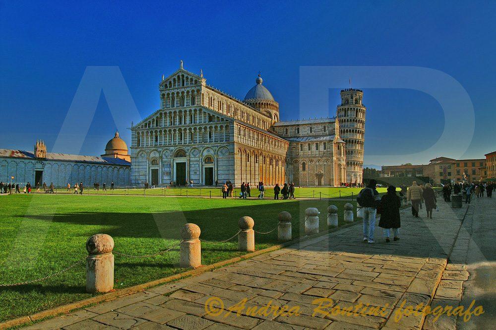 Cod.PI-302 Pisa (Piazza dei Miracoli)-0